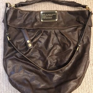 MARC by MARC JACOBS brown leather slouchy hobo